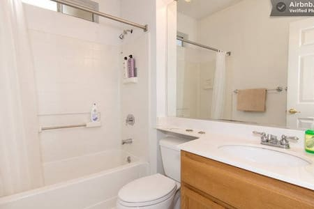 Room type: Shared room Bed type: Airbed Property type: House Accommodates: 1 Bedrooms: 1 Bathrooms: 2.5