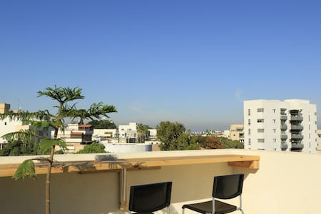 Newly built rooftop studio in downtown Herzliya - Herzliya - Muu