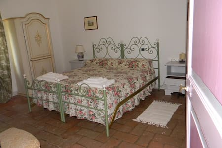 Suite in villa ottocentesca