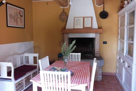 Casa Cesira tra colline e laghi - Tarzo