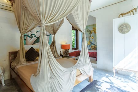 Private Suite in a Luxury Villa! - Villa