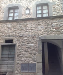 Two rooms in the medieval village - Gragnola