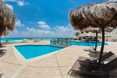 Cancun Beach Large 1 Bedroom