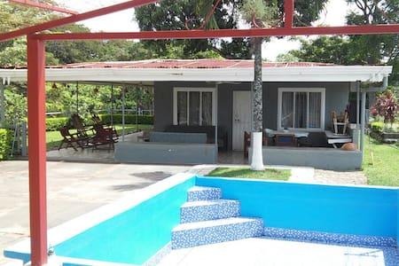 Finca los Chávez ! Costa Rica - Guácima Alajuela Costa rica - Villa