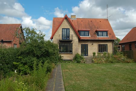 Flat in Herning City (own entrance)