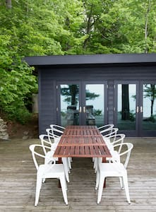 Private Lake MI Beachfront Cabin - Rumah