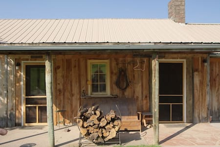Ghost Canyon Ranch and B & B - Hermosa - 住宿加早餐