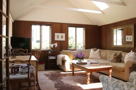 Quaint Cottage in Montecito