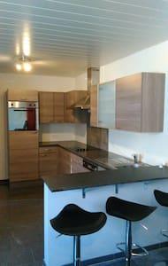 Maisonnette au calme en ardenne - Apartament