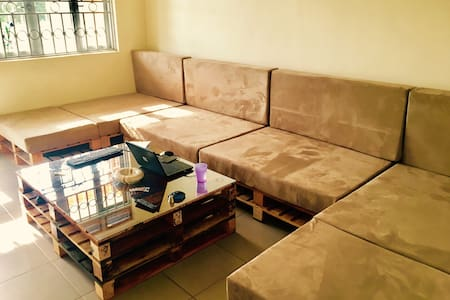 ROOM FOR RENT BUKASA/MUYENGA - Apartment