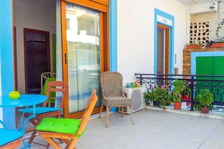 Kanelos & Irene Apartment 2 - Afantou - Hus