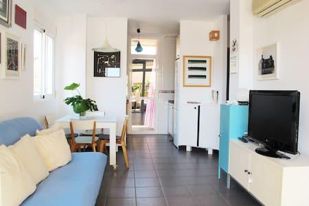 alojamiento bonito en el mar - Appartement