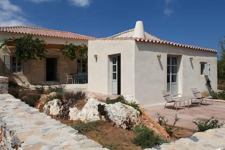 Trifilianika Stone House at Kythira - Ev