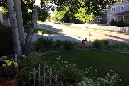 Private relaxing accommodations in Boulder County - Longmont - Casa