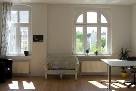 Bright,big and cosy room in Berlin