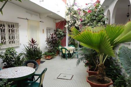 Chez Marie - Double & salle de bain