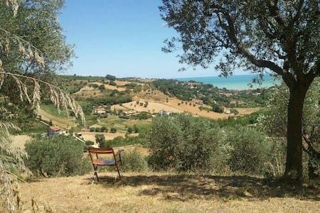 Villa with Sea view (2 km) - Cupra Marittima