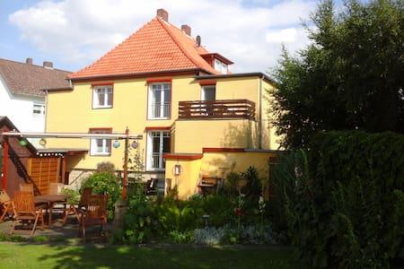 70 qm Wohnung für 4 Personenj - Nordstemmen - House