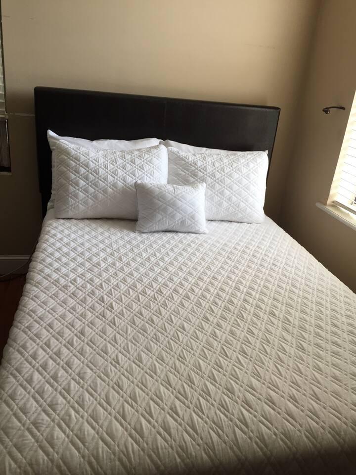 Cozy Room in Astoria, NYC