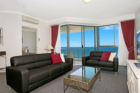 Sun City 24th Floor 1Bdm Oceanviews - Surfers Paradise - Apartment