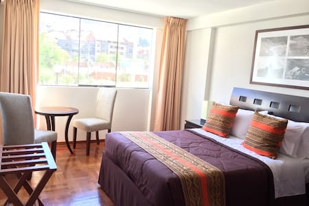Room type: Private room Bed type: Real Bed Property type: Bed & Breakfast Accommodates: 2 Bedrooms: 1 Bathrooms: 0