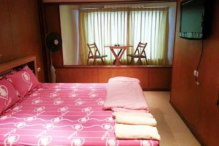 Large Apartment, full kitchen (1C) - Bang Lamung - Apartment