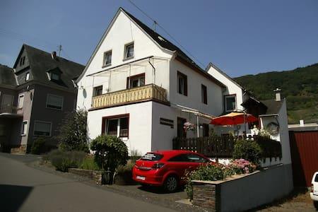Elkes Ferienoase - Bremm - Wohnung