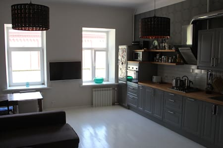Light apartment in historic center