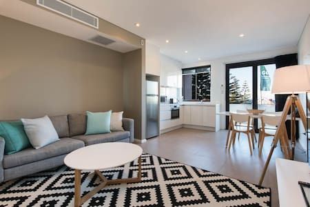 Carefully designed and perfectly located this is a wonderful holiday home. This ocean facing apartment is a short stroll to shops, cafes, bars, restaurants and the best of Coogee. Enjoy Sydney's beach lifestyle by the ocean and by the city.