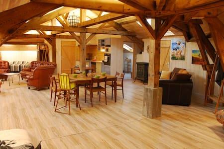 Grand loft climatisé 120 m² - Lit-et-Mixe