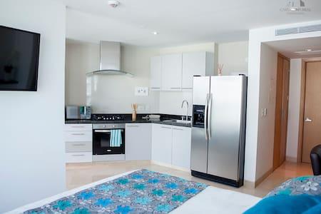 ApartartaEstudio Radisson OceanPavillion - Apartment