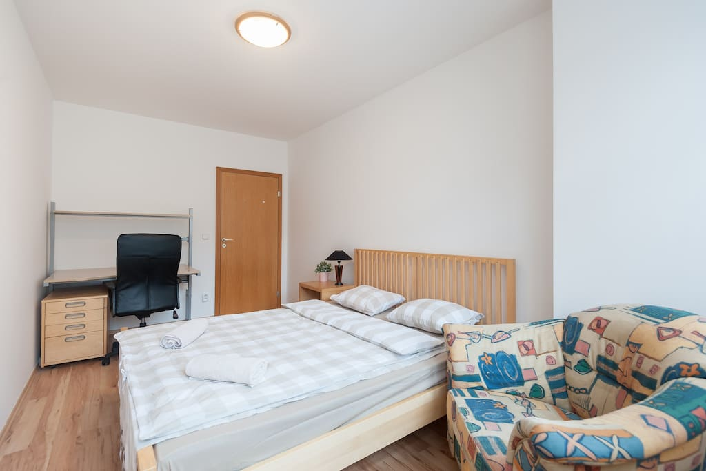 This is the 2nd bedroom. Picture no.1. Accommodates  up to 2 people