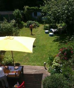Le top 20 des locations de maisons de vacances en bretagne for Amenagement jardin 90m2