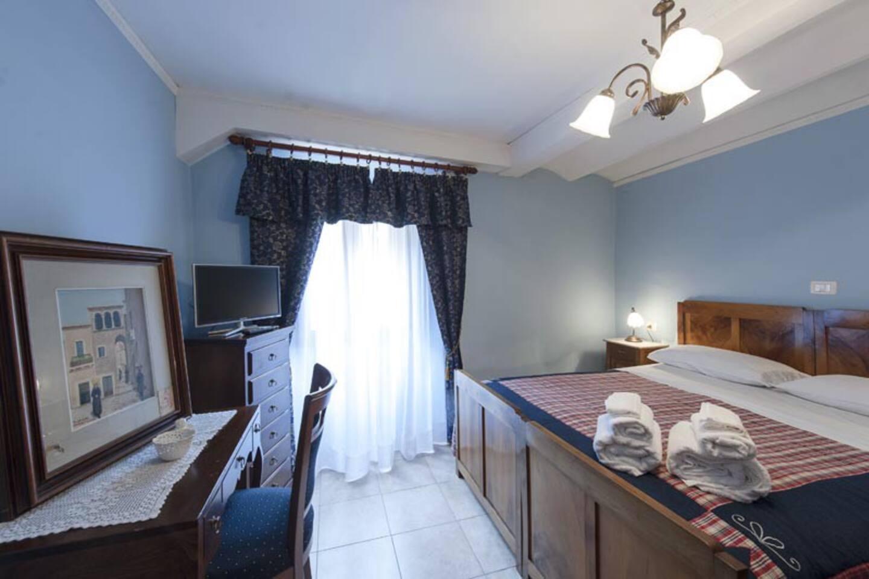 L'aria serena della Camera Azzurra nel B&B La Casa dei Nonni Scanno
