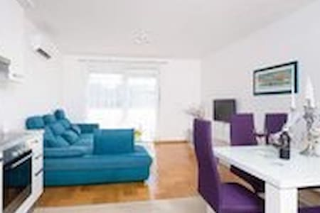apartman Lolic
