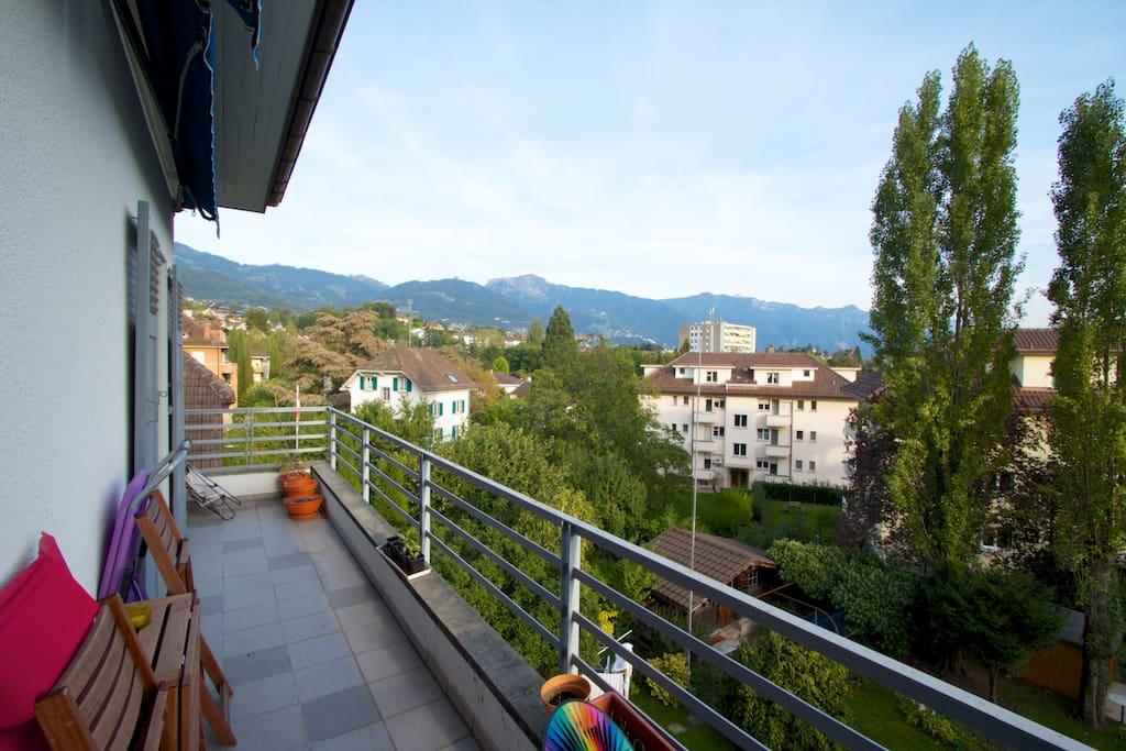 A room in Vevey with sunny balcony