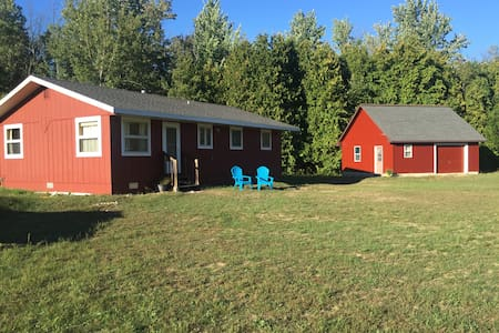Private Horse-Friendly Getaway for fall color tour - Talo