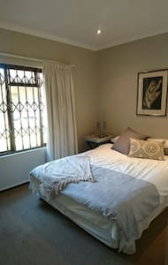 Cozy Cottage - Roodepoort