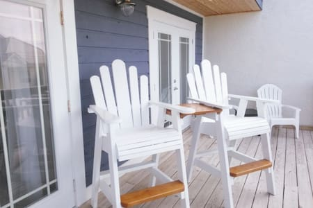 My Beautiful Blue Beach House - Sorház