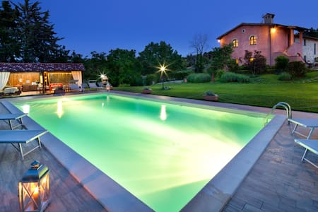 HOUSE ITALY UMBRIA PERUGIA AND POOL - Flat