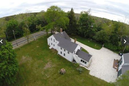 Antique Cape Farm House - 布魯斯特(Brewster)
