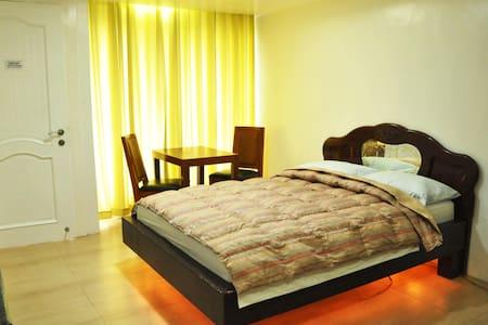 Callospa Executive Suites - Antipolo - Bed & Breakfast