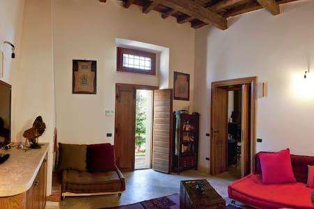 cozy room with amazing bath - Bed & Breakfast