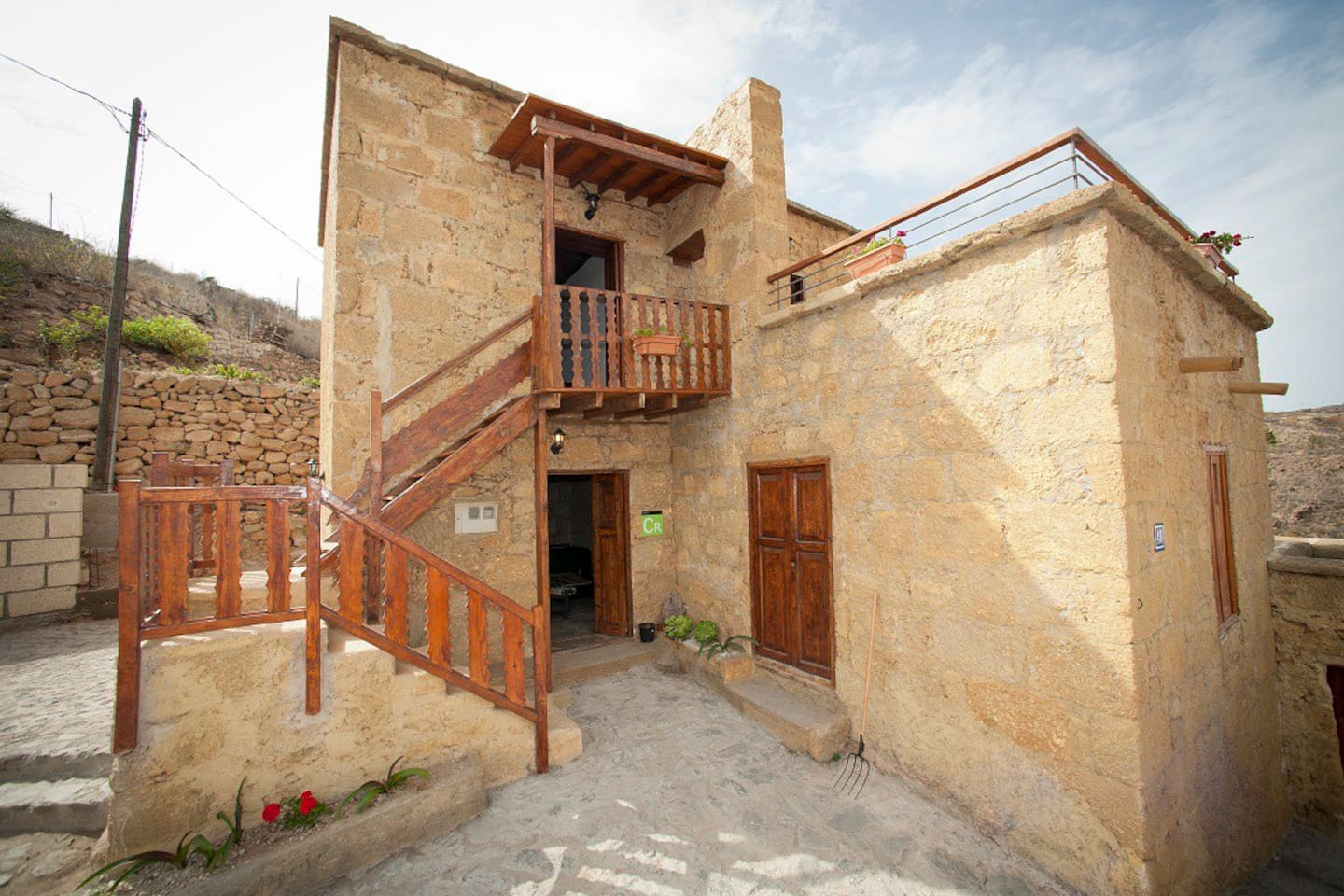 Traditional Canarian house, XIX century, recently restored, aimed at rural tourism, ideal for vacations, rest and relaxation. Made with volcanic materials.