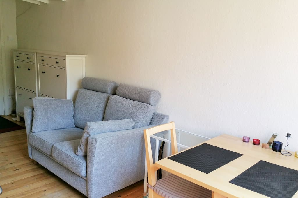 View from the kitchen: the table and the sofa
