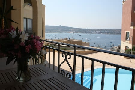 Luxury Apt. with Pool and Sea View