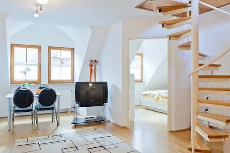 #1spacious apartement by Nuremberg - Schwaig