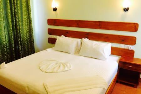 Affordable Rooms -  Maafushi Island - Bed & Breakfast