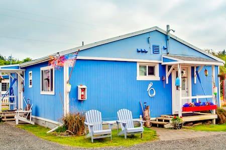 Ocean Spray Cottage #9 - Kabin