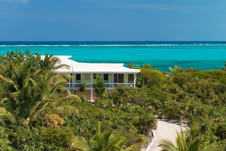 Reef Beach House on Grace Bay Beach